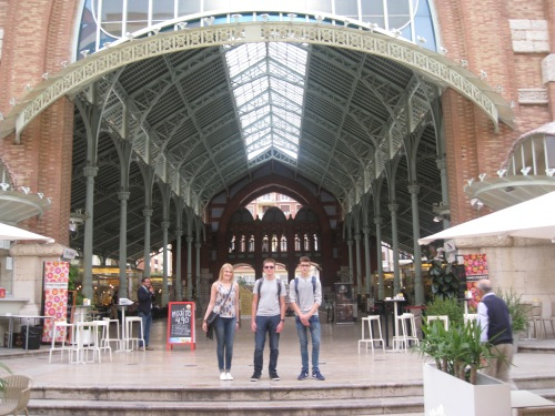 Visiting the Colón Market
